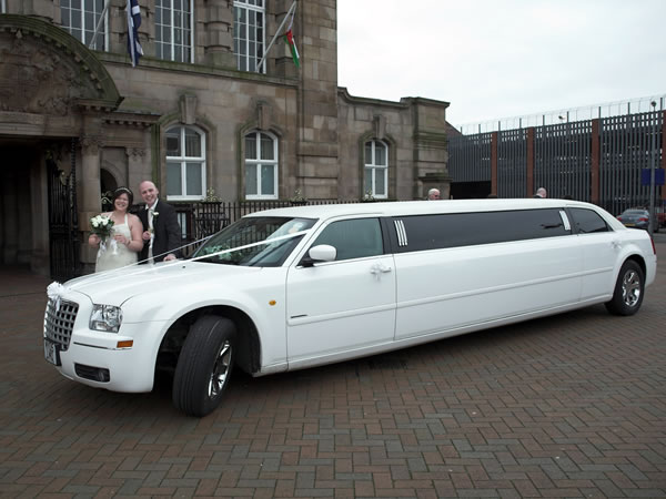 White Chrysler Limo Hire Wedding Car Hire
